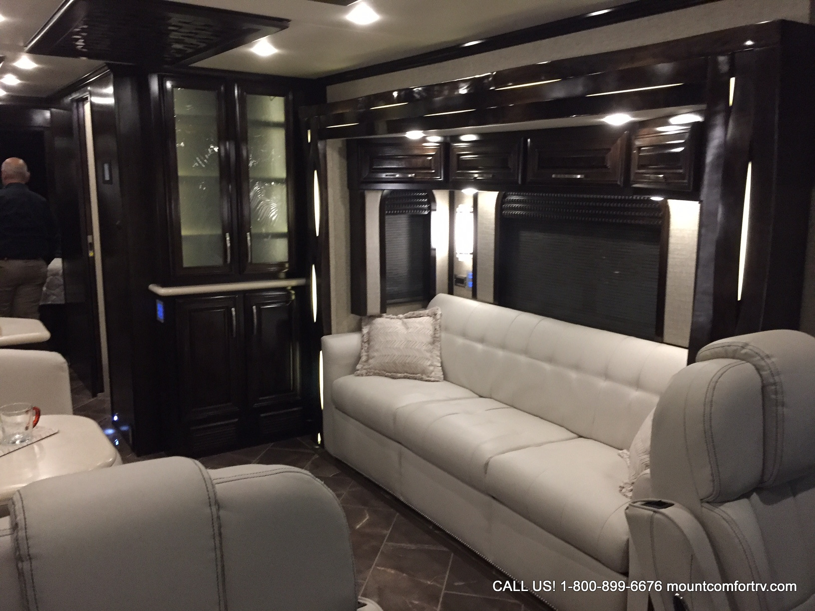 Brilliant Newmar  Mount Comfort RV  Greenfield Indiana